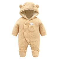 新生婴儿衣服三个月女宝宝连体衣秋冬装连脚男孩初生外穿加厚棉衣