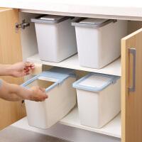 塑料防虫米箱带滑轮防潮米桶10kg家用厨房米面收纳箱装面粉储米箱