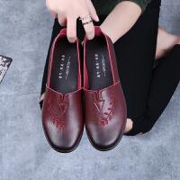 春秋布鞋女妈妈中老年单鞋平跟奶奶老太太软底防滑老鞋