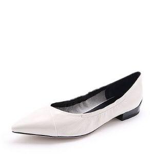 Belle/百丽2018春季新品皱漆皮牛皮尖头低跟浅口女单鞋18131AQ8