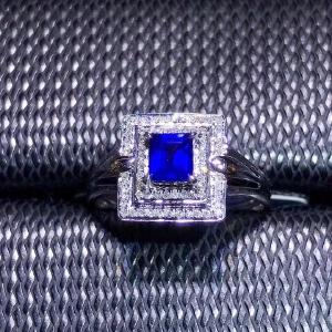 天然蓝宝石戒指火彩爆闪!蓝宝石四大宝石之一