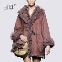 【新年狂欢到手价:735.2】魅斑欧美羊圈毛领羊羔毛宽松牛角扣外套中长款加厚保暖麂皮绒大衣