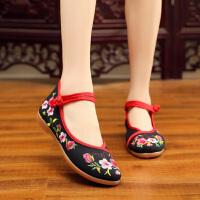 妈妈鞋 女士民族风绣花老北京布鞋2019秋季新款韩版时尚女式防滑休闲舒适中老年女鞋子