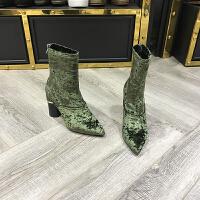 欧洲风格站2017冬季新款女鞋灯芯绒尖头粗跟中筒显瘦马丁靴加绒靴