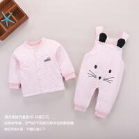 女宝宝秋冬装洋气0男童装1岁婴儿背带裤套装新生幼儿衣服棉衣保暖