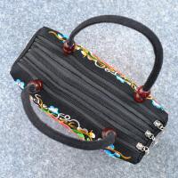 女士包2018新款中国民族风双面绣花手提包三层袋位手拎小包包礼物