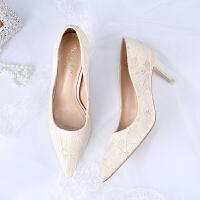 蕾丝婚鞋女2018新款秋季结婚新娘鞋白色高跟鞋浅色细跟单鞋婚纱照SN4854