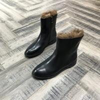 欧洲风格站2017秋冬新款女鞋胎牛皮牛毛平跟马丁靴中筒英伦风格潮