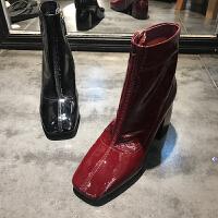 秋季新款靴子女牛皮漆皮韩版圆头粗跟高跟女靴欧货