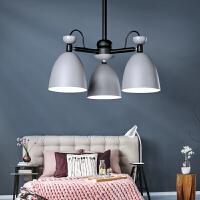 雷士照明 北欧创意书房客厅灯个性餐厅卧室铁艺马卡龙糖果吊灯 军绿色 3头吊灯