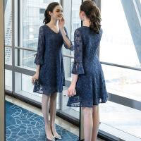 大码女装胖mm连衣裙2019春装复古显瘦法式洋气遮肚减龄蕾丝裙 湖蓝