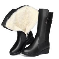 冬季真皮平跟羊毛保暖中筒靴长靴防滑加绒加厚女靴妈妈棉鞋雪地靴SN8069 黑色 偏小一码