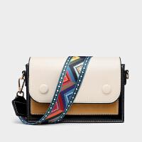包包2020新款潮彩色宽肩带撞色多隔层时尚款小方包单肩斜跨包女包