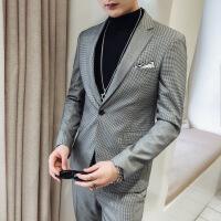 新款潮男英伦风个性格子小西装男青年社会小伙时尚休闲西服套装