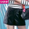 Lagogo/拉谷谷2017冬季新款直筒纯色高腰PU短裤