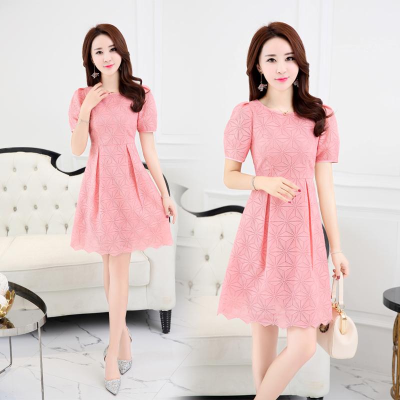 2018夏季新款韩版时尚小清新蕾丝连衣裙女短袖收腰修身显瘦中裙子