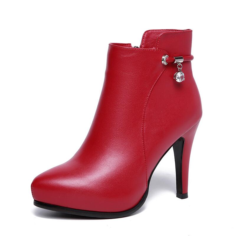 真皮跟女鞋2018秋冬新款红色防水台马丁短靴细跟加绒靴子婚鞋