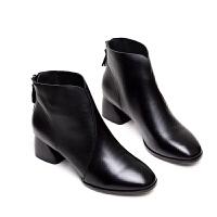 2018新款女靴冬秋季真皮小短靴粗跟中跟皮鞋欧洲站方头单靴马丁靴软底