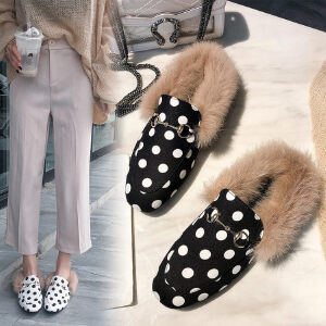 WARORWAR新品YM32-K68冬季韩版平底舒适波点女士毛毛单鞋