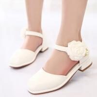 拥抱熊女童单皮鞋白色2018中大童韩版公主高跟花朵包头半凉鞋儿童演出鞋