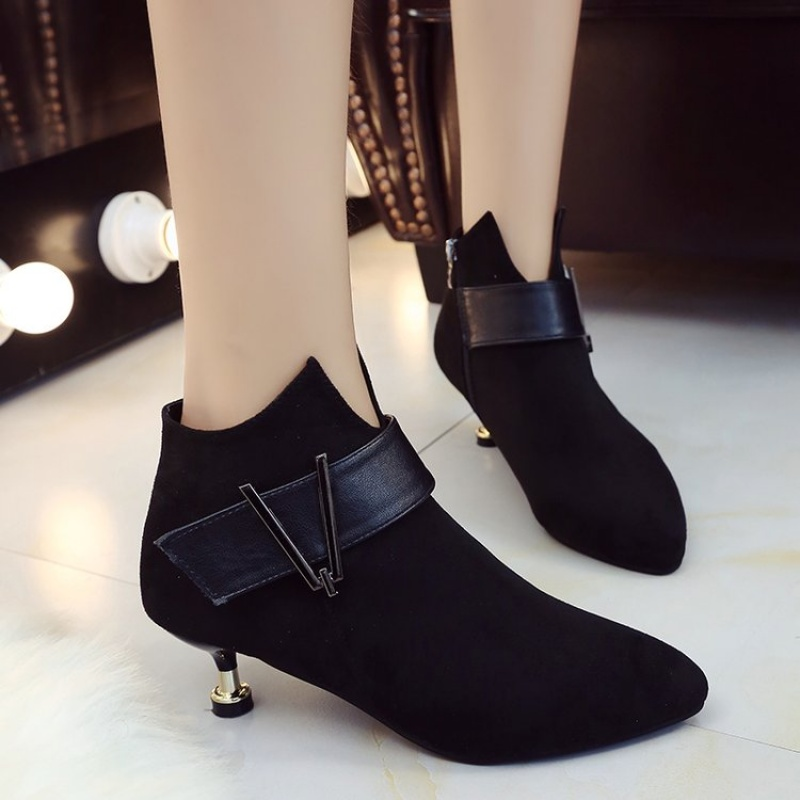 猫跟鞋女2018秋冬新款靴子细跟小跟鞋棉鞋短靴低矮跟3cm加绒踝靴
