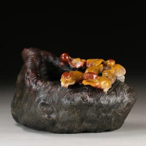 寿山巧色芙蓉石 精雕相亲相爱摆件 p3887