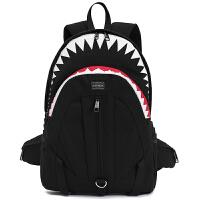 韩版可爱鲨鱼双肩包 男士背包潮个性中小学生书包女旅行包男 帆布黑色