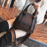 大包包冬季新款潮韩版百搭宽肩带单肩女包时尚格子斜挎手提包