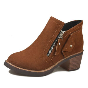 WARORWAR新品YM75-0228-1冬季韩版磨砂反绒粗跟高跟女士靴子切尔西靴短靴