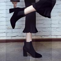 2018秋冬新款真皮尖头粗跟中跟短靴女大号40-43黑色高跟马丁女靴SN6749