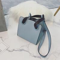 包包女冬季新款韩版时尚简约纯色方形设计手提包单肩斜挎小包 蓝色