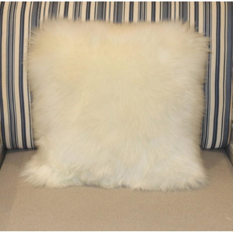 欧式纯羊毛靠枕靠垫抱枕床头靠垫长毛绒沙发汽车靠枕办公室可爱