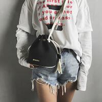 新款潮夏迷你韩版百搭女生包包单肩斜挎包女包小清新水桶包女