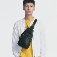 男士时尚包包休闲斜挎包韩版潮流胸包新款皮质个性运动背包