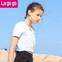 【5折价71.5】Lagogo/拉谷谷2018夏季新款时尚V领蕾丝装饰女T恤HATT315A04