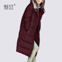 【新年狂欢到手价:728.6】魅斑2019新款冬装简约过膝长款Polo领羽绒服女装宽松显瘦冬季外套