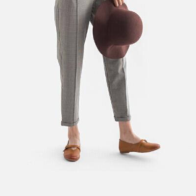 青婉田2018春季新款女鞋舒适一字扣玛丽珍鞋平底复古真皮休闲鞋子尺码正常,脚感舒适,头层牛皮