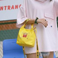 日韩新女单肩韩国学院风2017春季新款时尚百搭斜跨森女学院帆布包