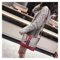 新款欧美时尚女包印花水桶包链条小包包女士彩带斜挎包单肩包