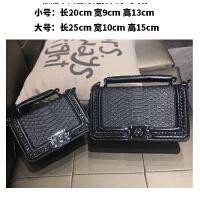 真皮蛇纹女包小香风斜挎包上新韩版链条包小方包单肩包手提小包包SN8054