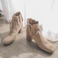 黑色绒面方头短靴女马丁靴复古中跟女靴冬季蝴蝶结粗跟女裸靴踝靴