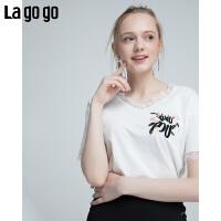 【5折价108】Lagogo2018夏季新款小心机V领 t恤甜美时尚短袖 白色韩范上衣女HATT314M07
