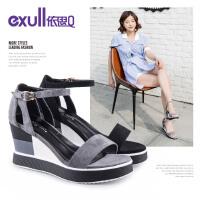 依思q夏季新款时尚简约一字带女鞋双层坡跟高跟罗马凉鞋