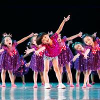 六一儿童节演出服蓬蓬裙男女孩幼儿园亮片舞蹈箱子里的梦表演服装 箱子里的梦女童 130cm