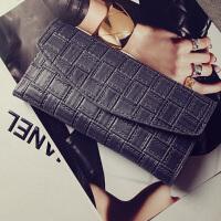 新款女士长款钱夹韩版时尚复古压花钱包多卡位软皮夹零钱包潮