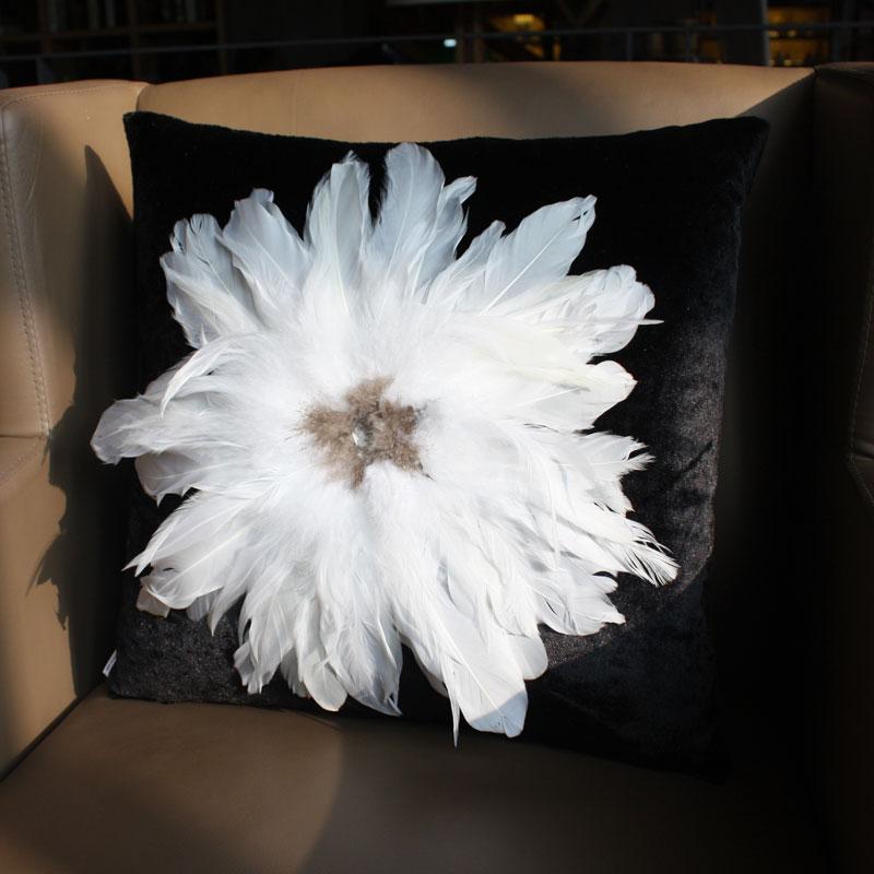 致尚堂水钻大羽毛家居黑色白色抱枕沙发靠垫欧式靠枕靠包含芯
