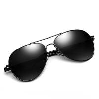 男士太阳镜潮2017新款墨镜开车偏光司机驾驶眼睛个性长脸蛤蟆眼镜