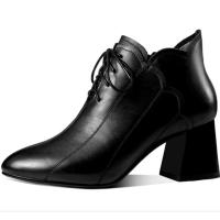 2018秋冬新款真皮高跟靴子女短靴粗跟马丁靴系带大码女靴41 码软底