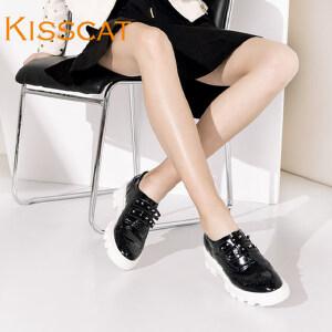接吻猫水晶牛皮布洛克厚底低跟深口单鞋女DA76787-51