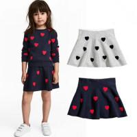 新款童装套装女童春秋针织毛衣针织裙子红色藏青色爱心款套装